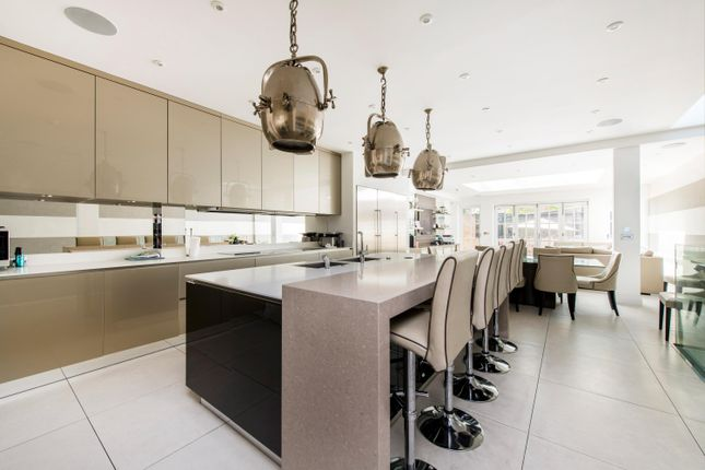 Thumbnail Detached house for sale in Hall Road, London