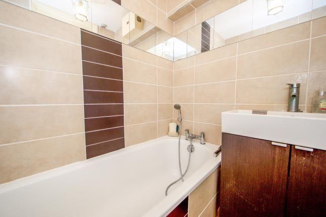 Bathroom of Popham Road, Islington, London, Uk N1