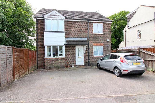 Photo 1 of Sunridge Avenue, Luton, Bedfordshire LU2