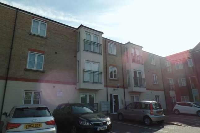 Thumbnail Flat to rent in Riverside Drive, Lincoln