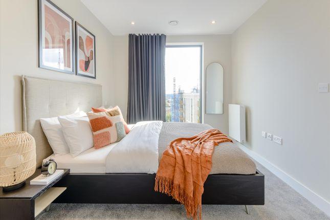Thumbnail Flat to rent in Thomas Layton Way, Brentford