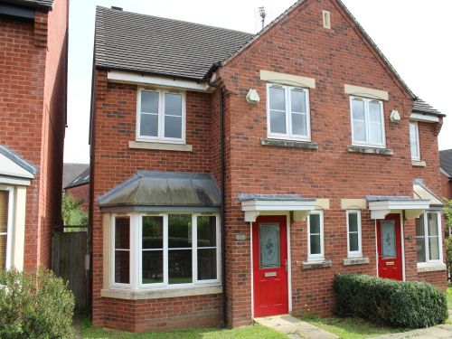 3 bed semi-detached house to rent in Hill View, Stratford-Upon-Avon CV37