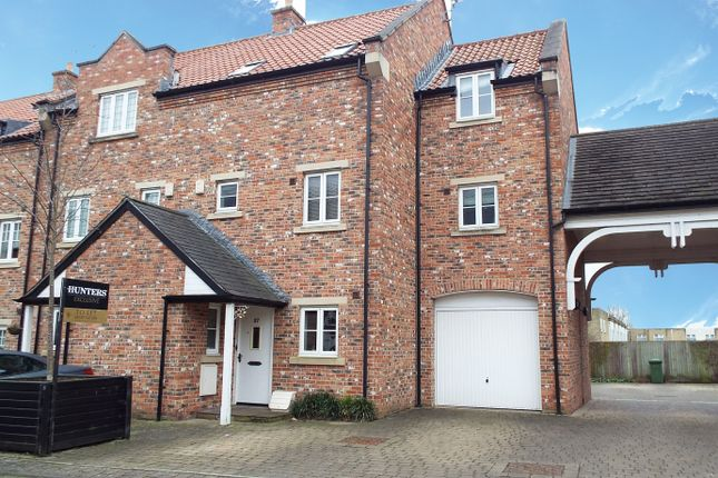 Thumbnail Town house for sale in Micklethwaite Grove, Wetherby