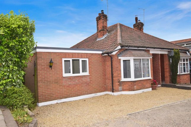 Thumbnail Semi-detached bungalow for sale in Valley Road, Braintree