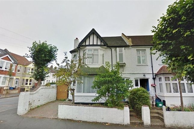 3 bed end terrace house for sale in Broomhall Road, South Croydon