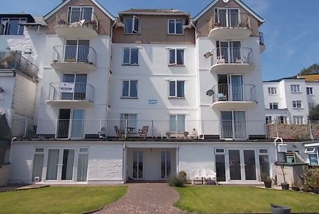 2 bed flat to rent in Marine Drive, Looe