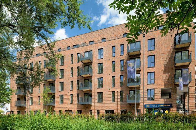 2 bed flat for sale in Dacorum Way, Hemel Hempstead HP1
