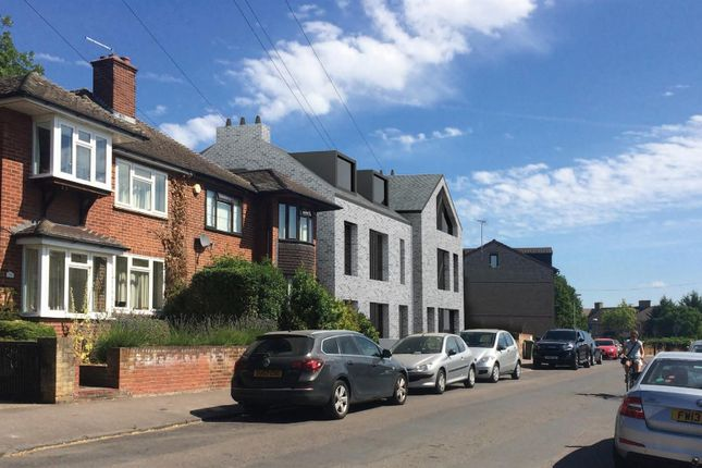Thumbnail Flat for sale in Water Street, Cambridge