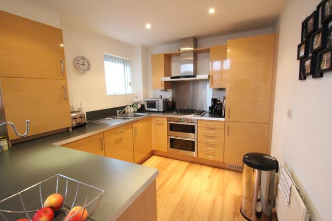 Thumbnail Flat to rent in Henrietta Chase, St Marys Island, Chatham, Kent