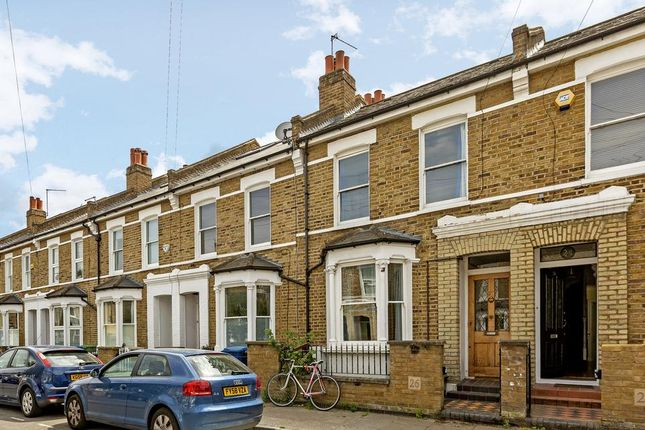 2 bed flat to rent in Handforth Road, London SW9