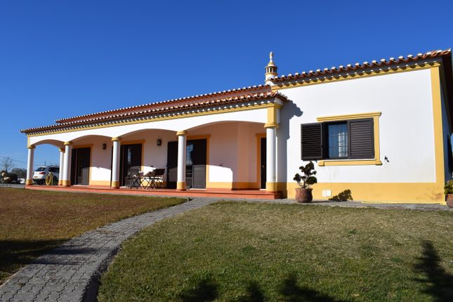 4 bed villa for sale in Ourique, Beja, Portugal
