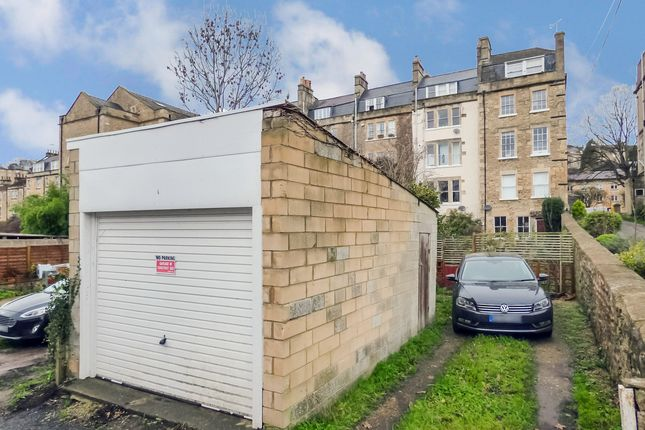 Garage of Kensington Place, Bath BA1