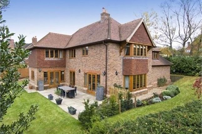 Thumbnail Detached house to rent in The Rise, Sevenoaks