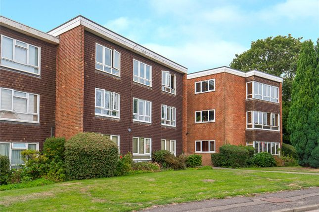 Picture No. 13 of Howton Place, Bushey Heath WD23