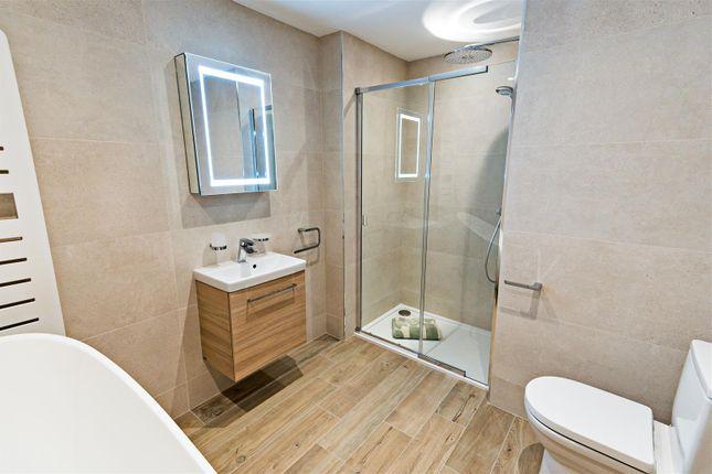 Bathroom.. of 6, Albury Place, Shrewsbury SY1