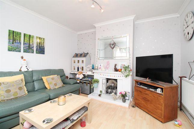 Lounge of All Saints Avenue, Prettygate, Colchester CO3