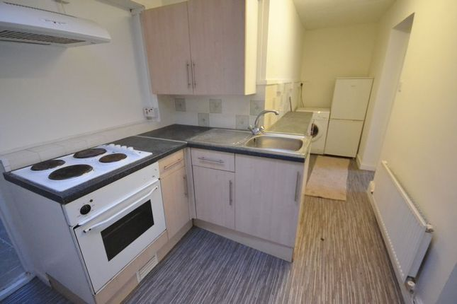Thumbnail Flat to rent in Little Water Street, Carmarthen