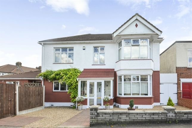 Thumbnail Detached house for sale in Reydon Avenue, London
