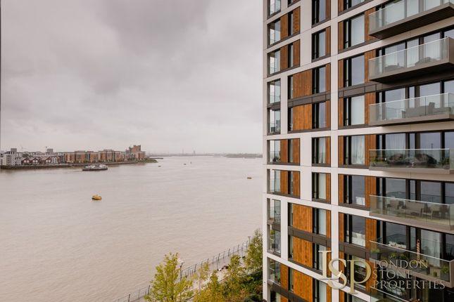 Second Balcony of Duke Of Wellington Avenue, London SE18