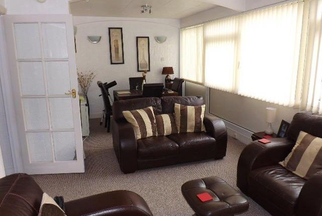 Thumbnail Shared accommodation to rent in Healey Mount, Burnley