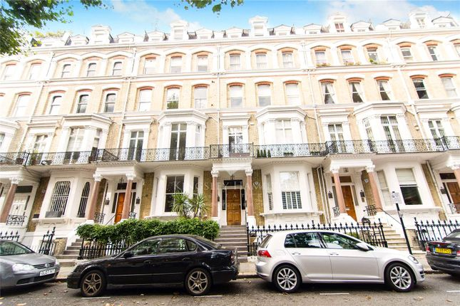 Thumbnail Property for sale in 5 Vicarage Gate, London