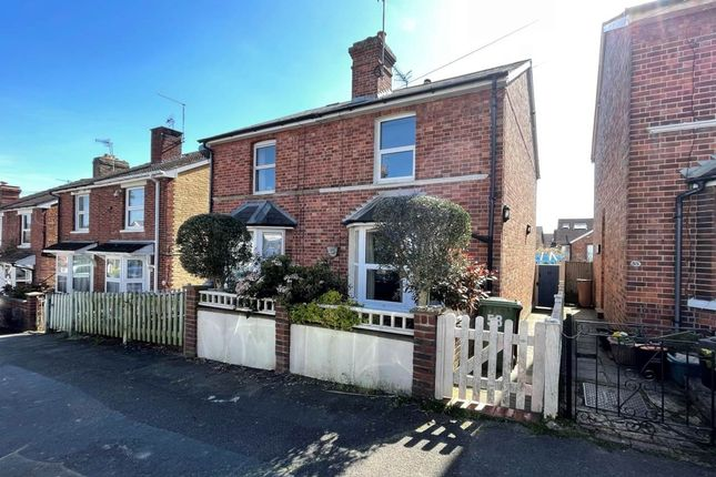 2 bed property to rent in Cambrian Road, Tunbridge Wells, Kent TN4