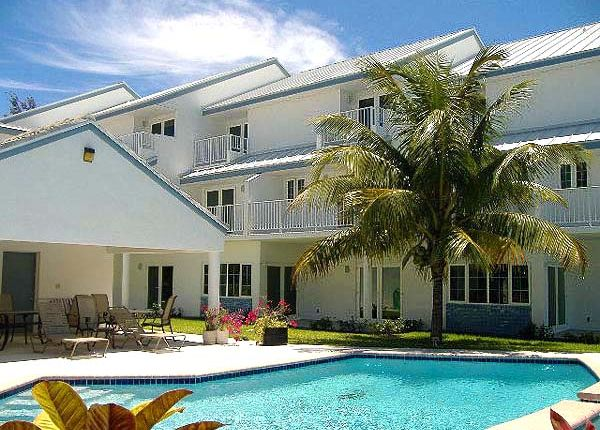 Apartment for sale in Bahama Reef Yacht And Country Club, Grand Bahama, The Bahamas