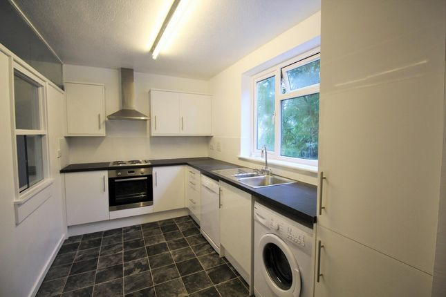 Thumbnail Flat to rent in Stratton Close, Edgware