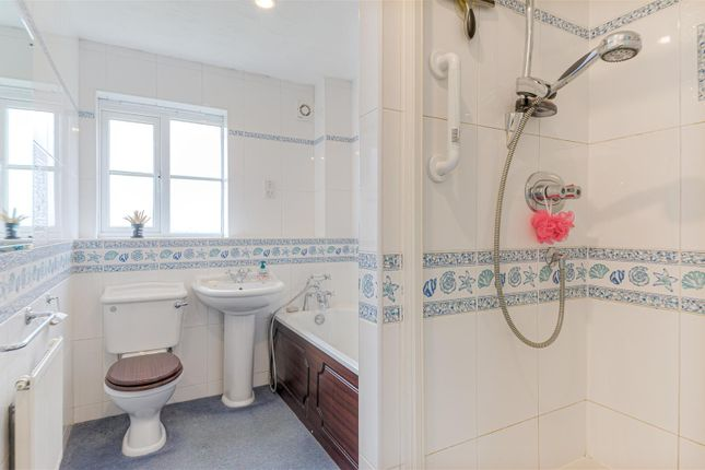Family Bathroom of Pytchley Drive, Long Buckby, Northampton NN6