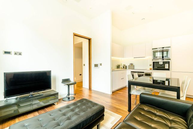 Thumbnail Flat to rent in Wood Street, Moorgate, London
