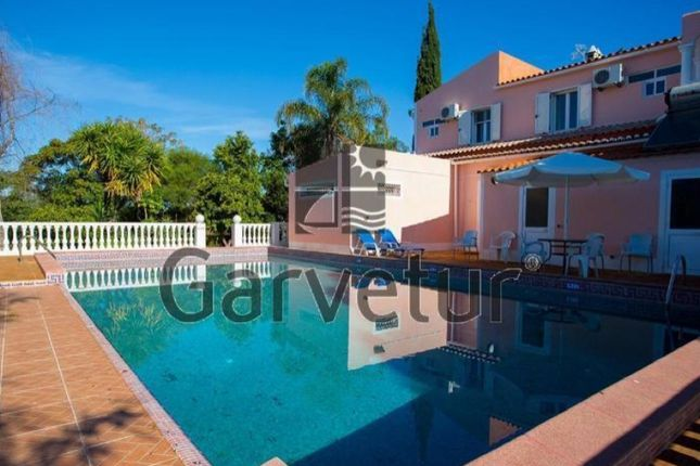 f9a44b6b1f 4 bed detached house for sale in Foral