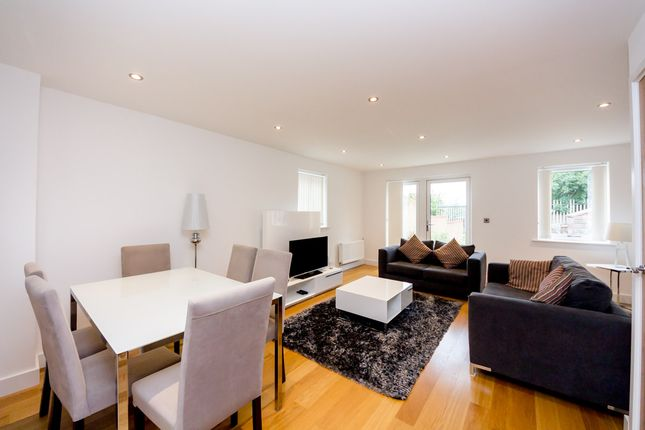 Thumbnail Semi-detached bungalow to rent in Fairthorn Road, London