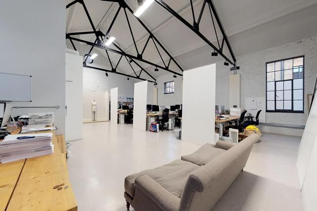 Thumbnail Office to let in Springfield House, Tyssen Street, London
