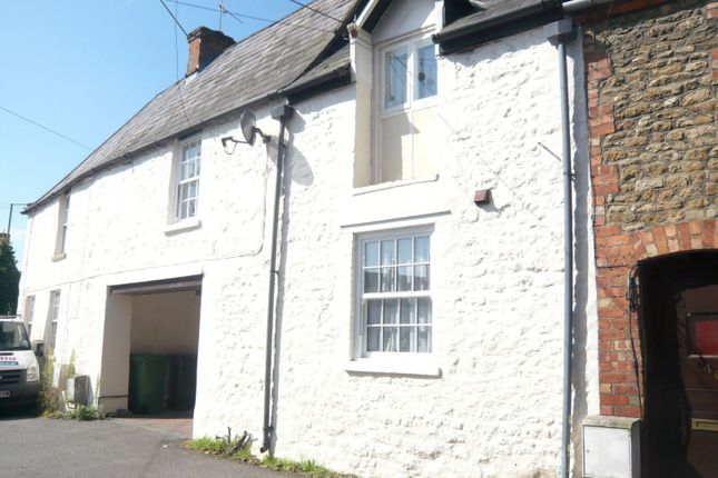 Thumbnail Flat to rent in Lechlade Road, Faringdon