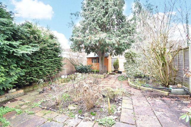 Picture No. 13 of Horsneile Lane, Bracknell, Berkshire RG42