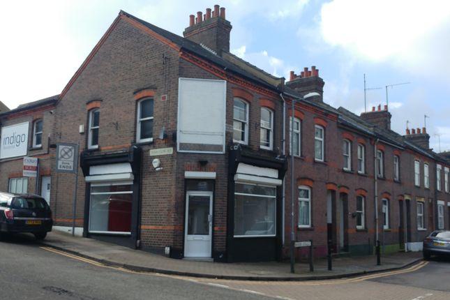 Thumbnail Retail premises to let in Tennyson Road, Luton