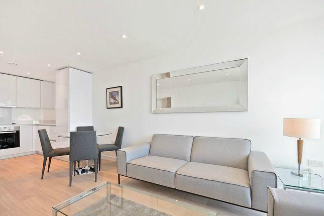 Thumbnail Flat to rent in Pinnacle Apartments, 11 Saffron Central Square, Croydon