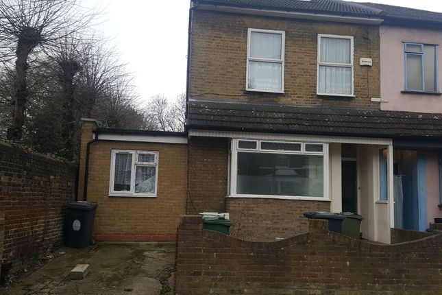 Thumbnail Terraced house to rent in Goldsmith Road, Leyton, London