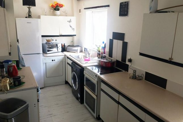 Thumbnail Terraced house for sale in Torre Mount, Leeds