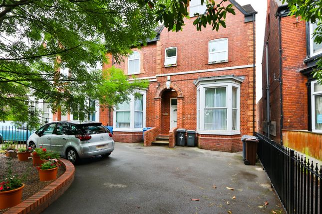 Thumbnail Flat for sale in Pearson Park, Hull