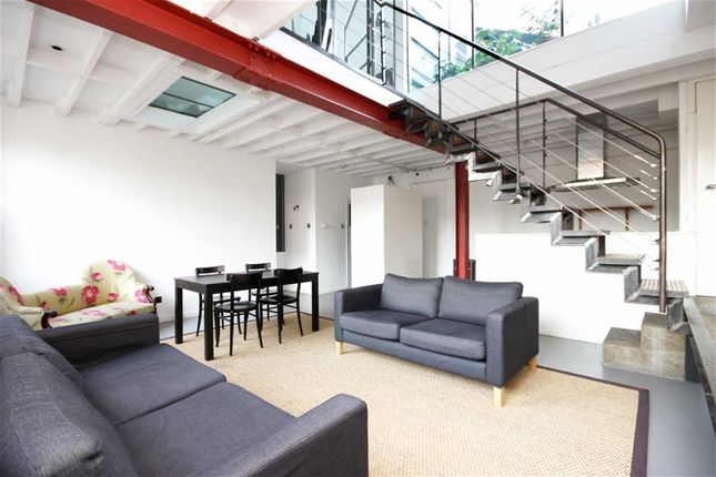 Thumbnail Flat to rent in Princelet Street, London