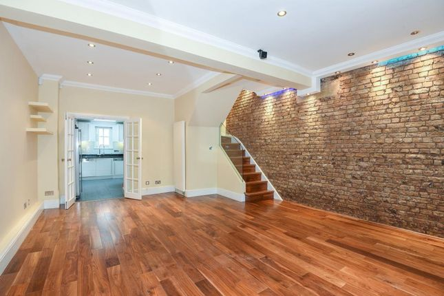 Town house to rent in Violet Hill, St Johns Wood