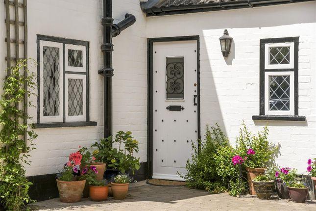 Thumbnail Detached house for sale in Tiddington Road, Tiddington, Stratford-Upon-Avon, Warwickshire