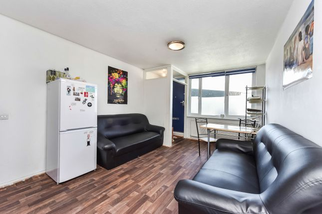 Thumbnail Flat for sale in Lucey Way, London
