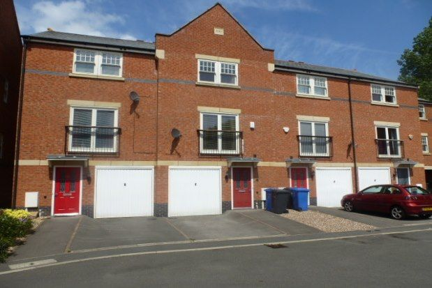 4 bed property to rent in Auriga Court, Derby DE1