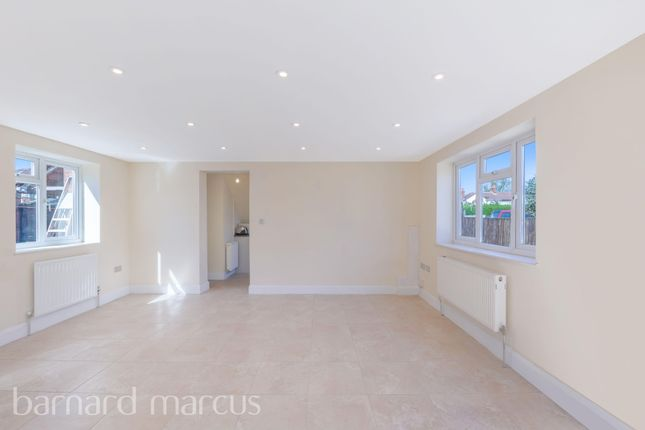 Living Room of Camomile Avenue, Mitcham CR4