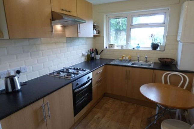 2 bed flat to rent in Goodeaves Close, Coleford, Nr Radstock BA3