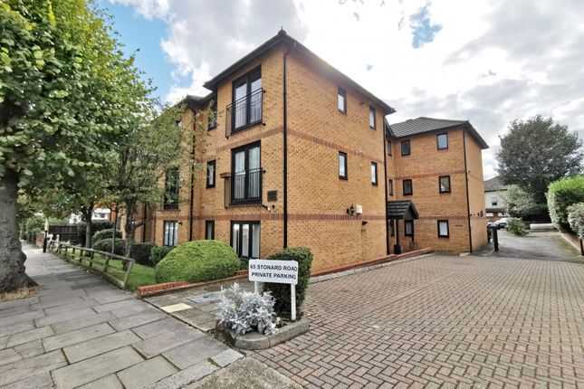 Thumbnail Flat for sale in Woodside Court, Stonard Road, Palmers Green