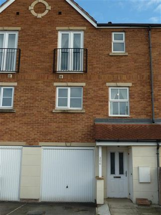 Thumbnail Terraced house to rent in Stanks Drive, Leeds