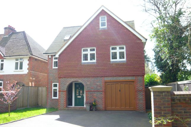 Thumbnail Detached house to rent in Restwell Avenue, Cranleigh